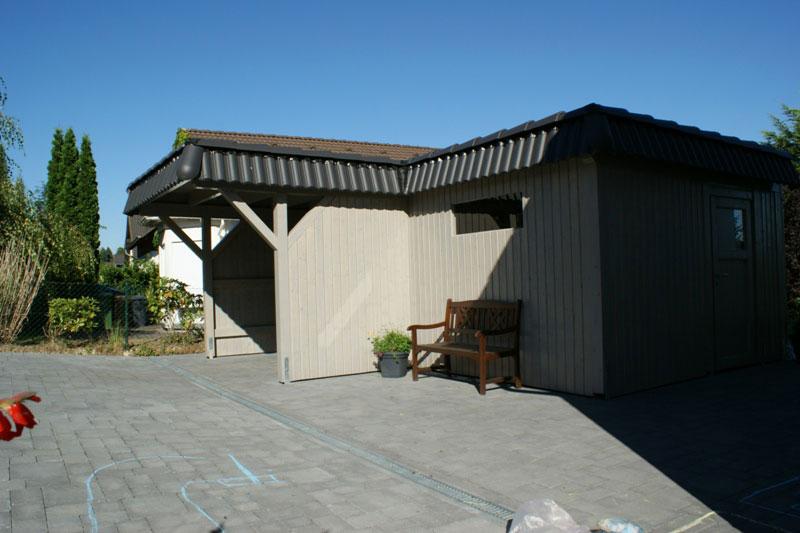 flachdach carport flachdachcarport mit seitlichem ger teraum. Black Bedroom Furniture Sets. Home Design Ideas