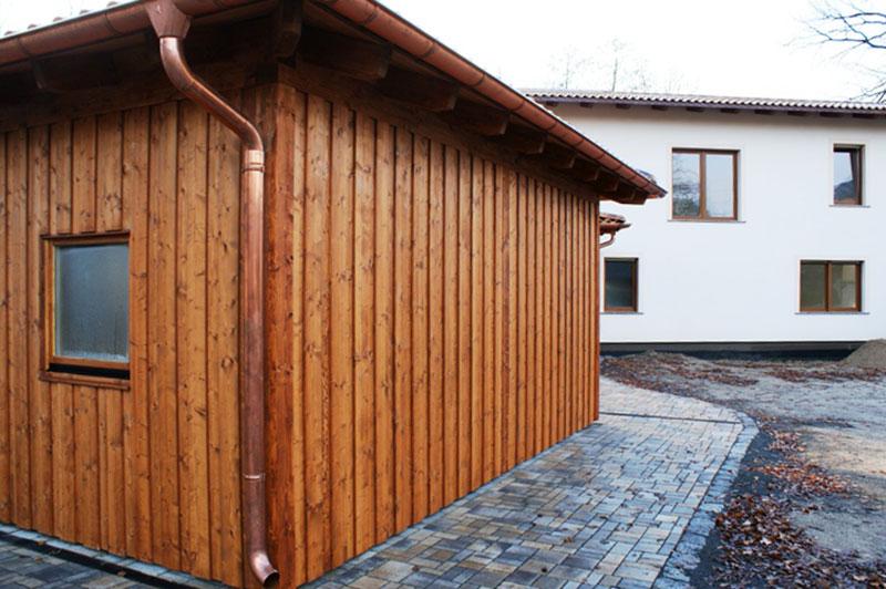 Walmdach Carport Mit Mediterranen Dachziegeln Kupferregenrinne