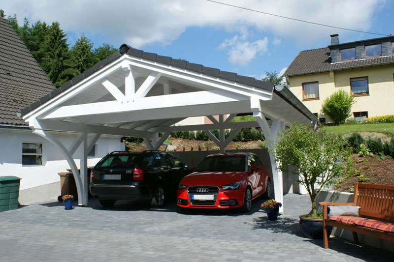 spitzdach carport leimholzkonstruktion traditionell gezapft mit holzn geln. Black Bedroom Furniture Sets. Home Design Ideas