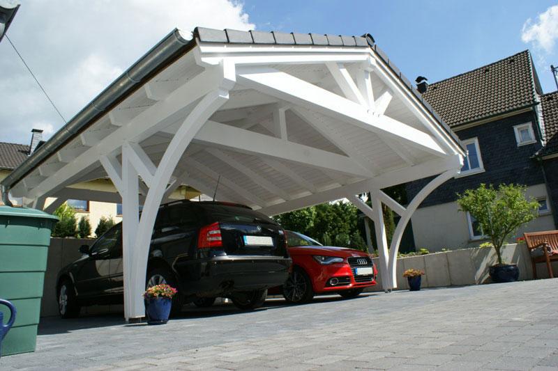 spitzdach carport leimholzkonstruktion traditionell gezapft mit holzn geln. Black Bedroom Furniture Sets. Home Design Ideas